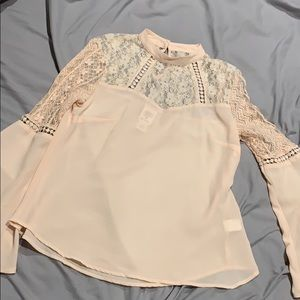 Sheer bell sleeve lace top - medium